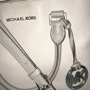 ✨Authentic Michael Kors Purse